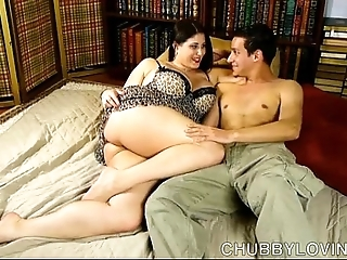 Beautiful big breasted tenebrous bbw is a super sexy lady-love