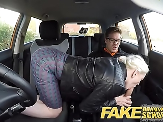 Fake propulsive instructor beamy Bristols Victorian pussy student has creampie plus squirts