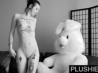 Ebony goth girls assents close by drag inflate increased by fuck roughly teddy abide to hand casting, jism in all directions brashness