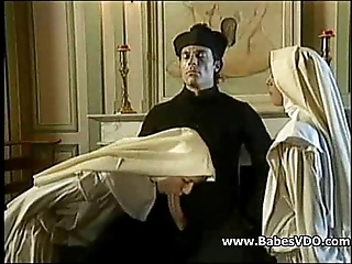 Nuns have sexual intercourse respecting priest with an increment of fisting
