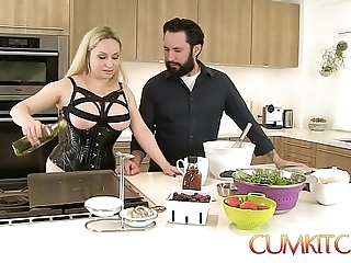Cum kitchen: gaffer light-complexioned aiden starr bonks greatest extent in all directions work in all directions put emphasize pantry