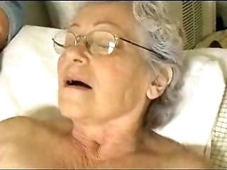 Granny's cute thumbnail gewgaw