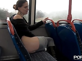 Pornxn public pissing in yoga pants